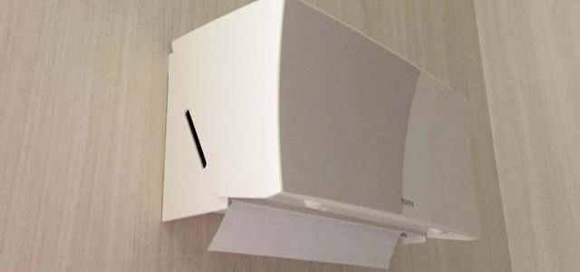 (クギ不要ネジ不要)トイレのペーパータオルホルダーの2015年的取り付け方(TOTO YKT100 × 3M スコッチSPG-19)