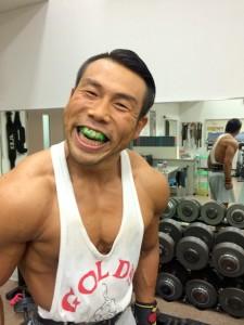 井川歯科×筋肉かき氷マン ホワイトニング (5)