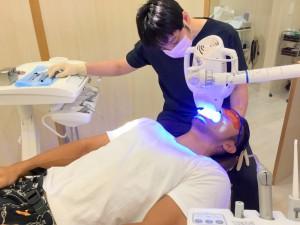井川歯科×筋肉かき氷マン ホワイトニング (3)