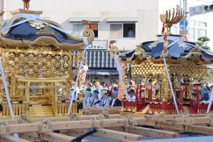伊万里トンテントン祭り2017 井川歯科広報撮影 4 左白神輿 右赤神輿